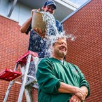 Ice_Bucket_Challenge_Leiter